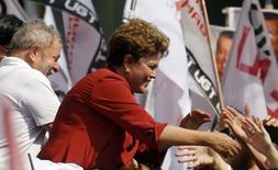 Presidente Dilma Rousseff ao lado de ex-presidente Lula durante campanha em São Bernardo do Campo. 2/9/2014  REUTERS/Paulo Whitaker