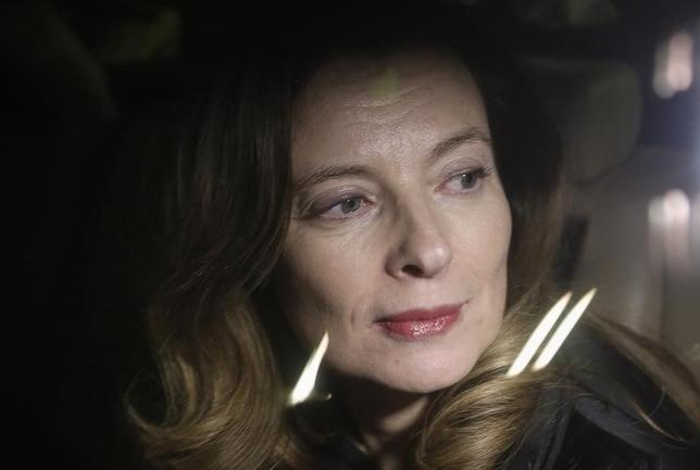 Valerie Trierweiler, former companion of French President Francois Hollande, arrives at the international airport in Mumbai January 27, 2014.  REUTERS/Danish Siddiqui