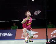 Malaysia's Lee Chong Wei plays against China's Chen Long in their men's singles final at the Badminton World Championship in Copenhagen August 31, 2014. REUTERS/Liselotte Sabroe/Scanpix Denmark