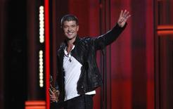 Cantor Robin Thicke ao receber prêmio durante o Billboard Music Awards, em Las Vegas, nos EUA. 18/05/2014.  REUTERS/ Steve Marcus