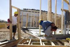 Le sentiment des promoteurs immobiliers aux Etats-Unis est remonté en septembre à son plus haut niveau depuis près de neuf ans, ce qui reflète notamment l'amélioration du marché du travail et ses effets sur les ventes depuis le début de l'été, /Photo d'archives/REUTERS/Steve Marcus