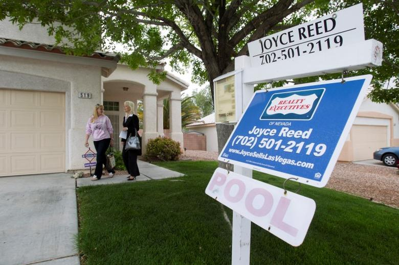 An existing home for sale is seen in Henderson, Nevada April 8, 2013. REUTER/Steve Marcus