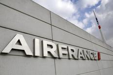 The Air France logo is seen on the Air France headquarters building at the Charles de Gaulle International Airport in Roissy, near Paris on the second week of a strike by Air France pilots September 22, 2014.    REUTERS/Jacky Naegelen