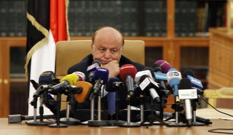 Yemen's President Abd-Rabbu Mansour Hadi waits to speak during the signing of an agreement between the government and Houthi rebels, in Sanaa September 21, 2014.  REUTERS/Mohamed al-Sayaghi