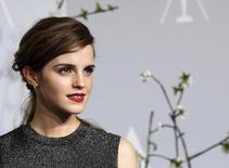 Atriz Emma Watson em cerimônia do Oscar em Hollywood, Califórnia. 2/3/2014  REUTERS/ Mario Anzuoni