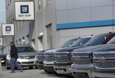 General Motors compte réaliser en 2016 ses premiers bénéfices en Europe depuis plus de dix ans et entend également atteindre cette année-là ses objectifs de marge en Amérique du Nord. /Photo prise le 1er avril 2014/REUTERS/Rebecca Cook