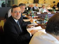 Presidente do Banco Central Europeu, Mario Draghi, em reunião do BCE em Nápoles, na Itália. 02/10/2014 REUTERS/Ciro De Luca/Pool