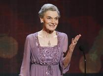 Actress Marian Seldes accepts her lifetime achievement award at the American Theatre Wing's 64th annual Tony Awards ceremony in New York, June 13, 2010.      REUTERS/Gary Hershorn