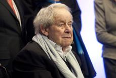 German novelist Siegfried Lenz poses for photographers before a 'matinee concert' as a celebration of his 85th birthday at the radio concert hall of Germany's public broadcaster Norddeutscher Rundfunk NDR in the northern German city of Hamburg in this March 20, 2011 file picture. REUTERS/Morris Mac Matzen/Files
