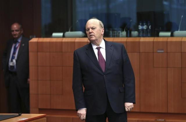 Ireland's Finance Minister Michael Noonan looks on as he arrives at a Eurozone finance ministers meeting in Brussels May 5, 2014.  REUTERS/Francois Lenoir