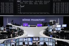 O índice referencial europeu de ações recuperou-se após atingir mínima de oito meses mais cedo por preocupações com o crescimento global, com os resultados do Citigroup e um rali nos mercados dos Estados Unidos animando alguns investidores. 06/10/2014 REUTERS/Remote/Stringer