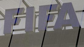 Logo da Fifa na sede da entidade em Zurique. 03/10/2013 REUTERS/Arnd Wiegmann