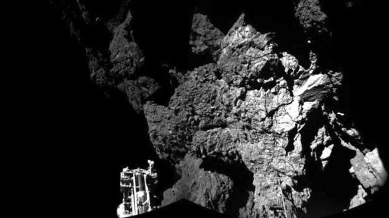 A probe named Philae is seen after it landed on a comet, known as 67P/Churyumov-Gerasimenko, in this CIVA handout image released November 13, 2014. REUTERS/ESA/Rosetta/Philae/CIVA/Handout via Reuters