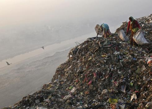Garbage pickers of India