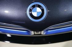 The BMW badge is shown on the BMW X6M during the model's world debut at the Los Angeles Auto Show in Los Angeles, California November 19, 2014.   REUTERS/Lucy Nicholson