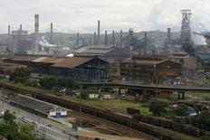 Vista aérea das instalações da CSN em Volta Redonda. 16/01/2009 REUTERS/Fernando Soutello