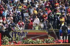 Funeral do ator e roteirista mexicano Roberto Gómez Bolaños, o Chaves, no estádio Azteca, na Cidade do México. 30/11/2014 REUTERS/Tomas Bravo
