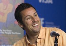 """O ator Adam Sandler concede entrevista coletiva para promover o filme """"Homens, Mulheres e Filhos"""", no Festival Internacional de Filmes de Toronto, no Canadá, em setembro. 06/09/2014 REUTERS/Fred Thornhill"""