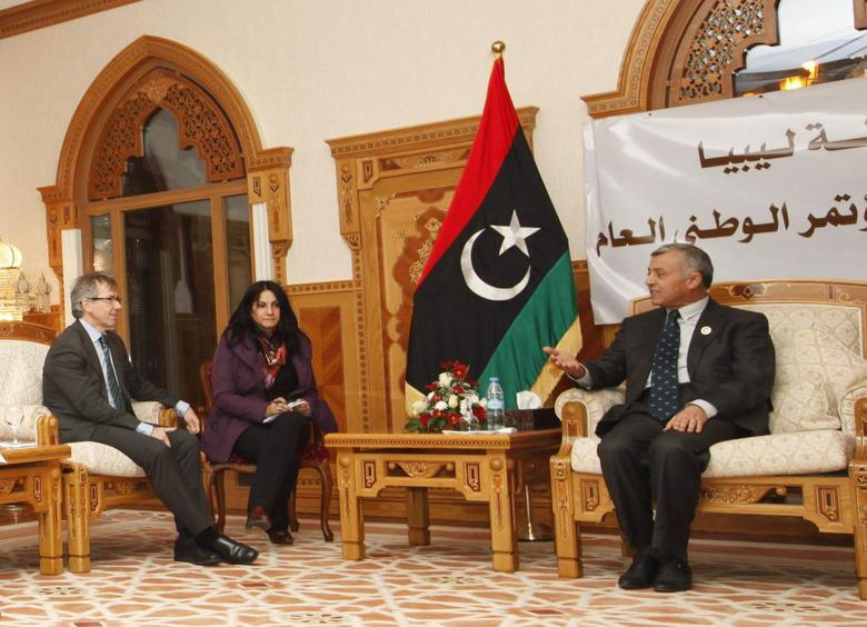 Nouri Abusahmain, the head of Libya's General National Congress (GNC) (R) meets with Bernardino Leon (L) Special Representative United Nations (U.N.) for Libya in Tripoli December 8, 2014. REUTERS/Ismail Zitouny