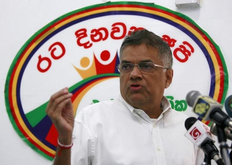 Opposition United National Party (UNP) leader Ranil Wickremesinghe gestures during a news conference in Colombo April 10, 2010. REUTERS/Andrew Caballero-Reynolds/Files