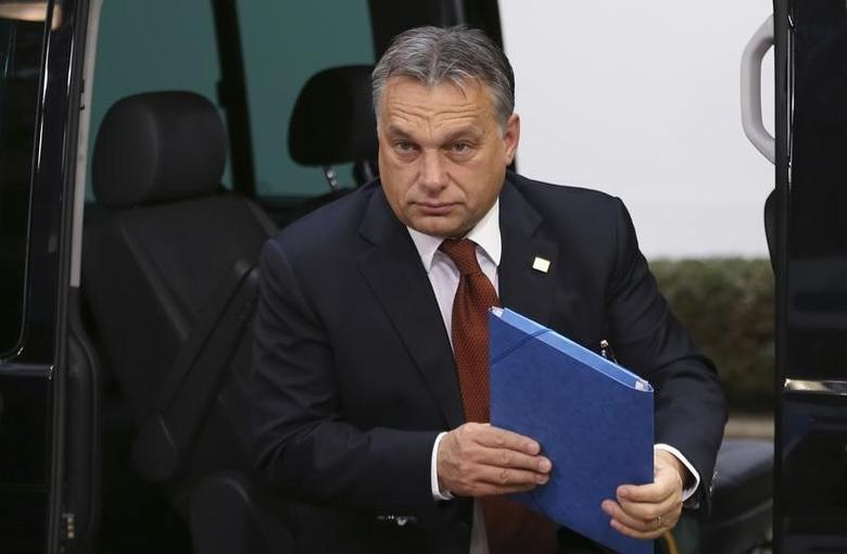 Hungary's Prime Minister Viktor Orban arrives at an European Union leaders summit in Brussels October 24, 2014.   REUTERS/Francois Lenoir