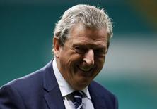 Técnico da Inglaterra Roy Hodgson antes de amistoso em Glasgow. 17/11/2014. REUTERS/Russell Cheyne