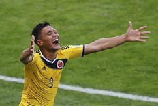 Colombiano Teófilo Gutiérrez comemora gol contra a Grécia durante jogo da Copa do Mundo no Mineirão, em Belo Horizonte, em junho. 14/06/2014 REUTERS/Leonhard Foeger