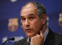O diretor de futebol do Barcelona, Andoni Zubizarreta, concede entrevista coletiva em 2012 em Barcelona, na Espanha. 27/04/2012 REUTERS/Albert Gea