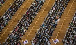 Centro logístico da Amazona em Brieselang, na Alemanha. 11/11/2014  REUTERS/Hannibal
