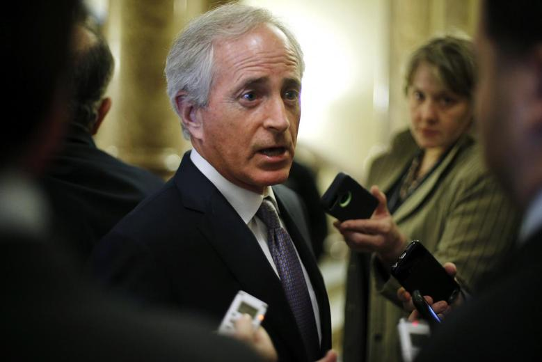 U.S. Senator Bob Corker (R-TN) speaks with reporters after Democratic and Republican party policy luncheons at the U.S. Capitol in Washington January 7, 2015.  REUTERS/Jonathan Ernst