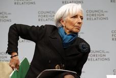 La directora gerente del FMI, Christine Lagarde, durante un discurso en Washington. 15 enero, 2015. Una fuerte baja de los precios del petróleo y una economía estadounidense más fuerte probablemente no serán suficientes para mejorar las perspectivas de la economía mundial este año, dijo el jueves la jefa del Fondo Monetario Internacional. REUTERS/Yuri Gripas