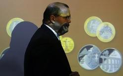Presidente do Banco Central, Alexandre Tombini 28/11/ 2014.  REUTERS/Sergio Moraes