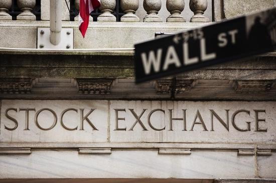米国株が下落、UPSと鉱業株に売り
