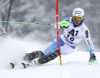 Ted Ligety of the U.S.competes during the first run of the men's Alpine Skiing World Cup slalom race in Kitzbuehel January 25, 2015.  REUTERS/Dominic Ebenbichler