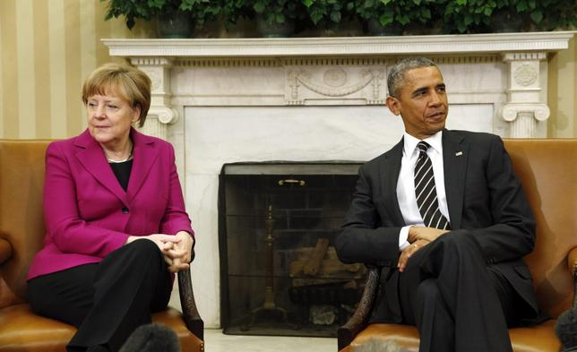 President Obama meets with German Chancellor Angela Merkel to discuss the crisis in Ukraine at the White House, February 9, 2015.   REUTERS/Kevin Lamarque