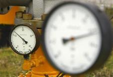 Датчики давления на газораспределительной станции под Бухарестом. 6 января 2009 года. Страны Центральной и Восточной Европы должны иметь не менее трех источников газа, считает заместитель председателя Европейской комиссии Марош Шефчович, ответственный за энергетику. REUTERS/Bogdan Cristel