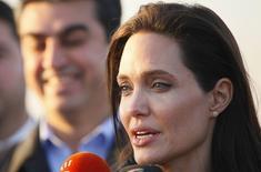 Atriz Angelina Jolie concede entrevista em Dohuk, norte do Iraque. 25/01/2015.  REUTERS/Ari Jalal