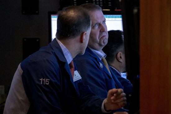 米国株ほぼ横ばい、ギリシャ協議を注視