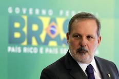 O ministro do Desenvolvimento, Indústria e Comércio Exterior, Armando Monteiro, concede entrevista no Palácio do Planalto, em Brasília. 01/12/2014 REUTERS/Ueslei Marcelino