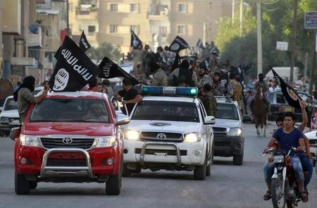 عالمي: المرصد السوري: مقتل الدولة الإسلامية ضربات جوية بسوريا ?m=02&d=20150213
