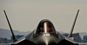 Israël a signé un contrat avec les Etats-Unis portant sur l'acquisition de 14 avions de chasse F-35 supplémentaires pour environ trois milliards de dollars (2,67 milliards d'euros). /Photo d'archives/Daniel Hughes/U.S. Air Force