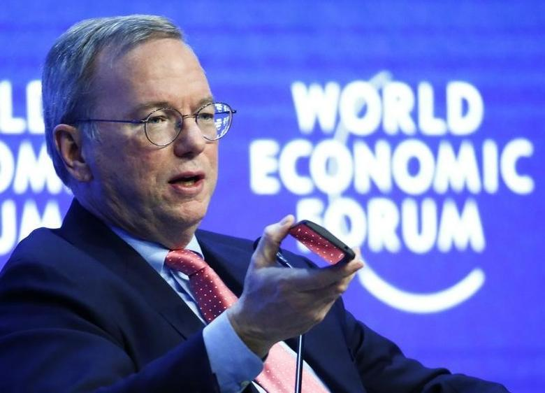 Eric Schmidt, Executive Chairman of Google, speaks during the session ''The Future of the Digital Economy'' in the Swiss mountain resort of Davos January 22, 2015.                                              REUTERS/Ruben Sprich