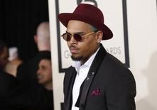 O cantor Chris Brown chega à cerimônia do Grammy Awards, em Los Angeles, nos Estados Unidos, no início do mês. 08/02/2015 REUTERS/Mario Anzuoni
