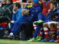 Football - Arsenal v AS Monaco - UEFA Champions League Second Round First Leg - Emirates Stadium, London, England - 25/2/15 Arsenal manager Arsene Wenger looks dejected Reuters / Eddie Keogh Livepic EDITORIAL USE ONLY. - RTR4R6HG