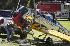 Avião do ator Harrison Ford sofre acidente em Los Angeles. 06/032015.  REUTERS/Lucy Nicholson