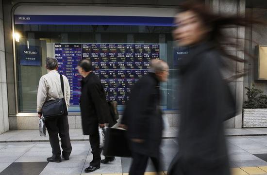 寄り付きの日経平均反発、米株高・円安を好感し輸出株が買い先行