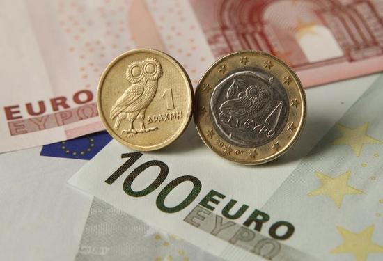 ユーロ/ドル12年ぶり安値、ドル/円は株堅調でじり高