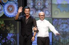 Estilistas italianos Domenico Dolce (direita) e Stefano Gabbana durante a semana da moda de Milão, na Itália, em 2011. 22/09/2011 REUTERS/Stefano Rellandini