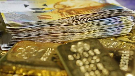 スイス政府、中銀にフラン上限の再導入求めておらず=財務相