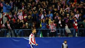 Mario Suarez comemora gol do Atlético de Madri contra Bayer Leverkusen. 17/03/2015.  REUTERS/Sergio Perez